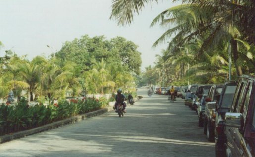 New Beach Road (outside Legian Beach Hotel)